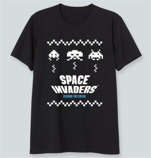 SPACE INVADERS CAMISETA NEGRA STORM THE SKIES M