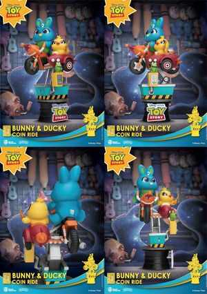 TOY STORY DIORAMA PVC D-STAGE BUNNY & DUCKY HUCHA DISNEY COIN RIDE SERIES