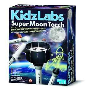 4M KIDZ LABS DIG SUPER MOON TORCH