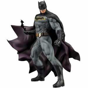 BATMAN REBIRTH ESTATUA 19.5 CM BATMAN DC UNIVERSE ART FX+