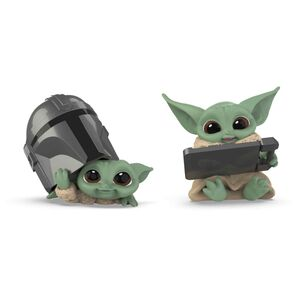 STAR WARS THE MANDALORIAN PACK THE CHILD BABY YODA CASCO+TABLET SET 2 FIGURAS 5,5CM