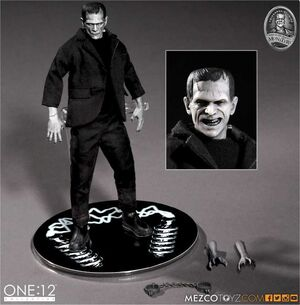 UNIVERSAL MONSTERS MONSTRUO DE FRANKENSTEIN FIGURA 30 CM ONE 12 COLLECTIVE