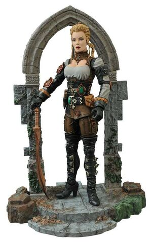 UNIVERSAL MONSTERS SELECT FIG 18CM HUNTER LUCY WESTERNRA