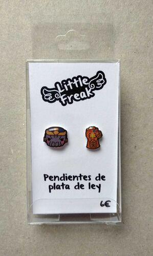 LITTLEFREAK. PAR PENDIENTES GUERRA VILLANO 2 CASCO / GUANTE