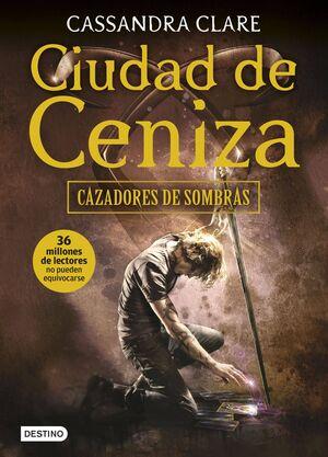 CAZADORES DE SOMBRAS #02. CIUDAD DE CENIZA (RTCA)