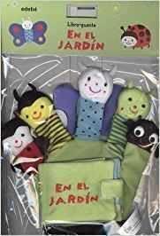 EL LIBRO-GUANTE EN EL JARDIN